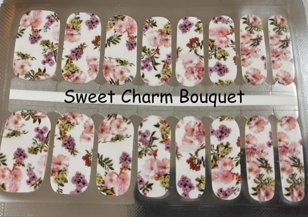 Sweet Charm Bouquet Nail Wraps