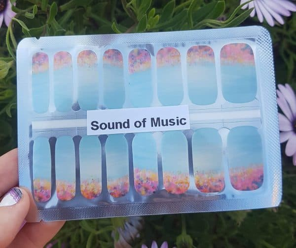 Bindy's- Nails-Wraps- Sound of Music