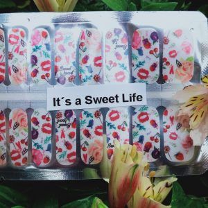 Its a sweet life nail wraps