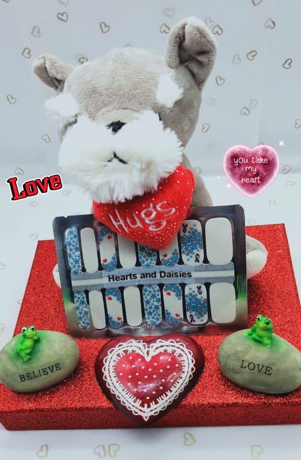 Bindy's Nails Heart & Daisies Nail Polish Wrap