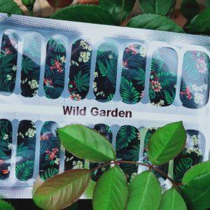 Bindy's Nails Wild Garden
