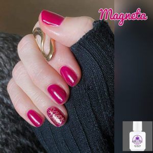Bindy's Nails One Step Gel Magneta Rose Gold Wattle as a accent nail Gold wrap as a ascent