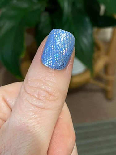 Bindy's Three Step Gel True Blue with Serpent Charmer as a accents