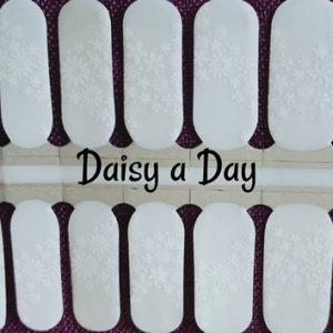 Bindy's Daisy A Day Nail Polish Wrap
