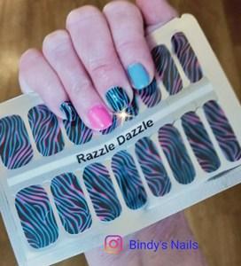 Bindy's Razzle Dazzle with True Blue & Fuschia